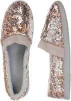 Dearfoams Bootie Casual Shoes For Women(Grey)