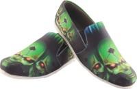 Zapatoz Zapatoz Green Evil Loafers For Men(Green)