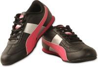 PUMA Esito Wn s DP Sneakers For Women(Black)