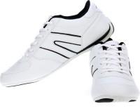 SPARX Running Shoes For Women(White, Black)