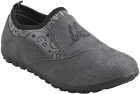 Adorn Active and Cool Casual Shoes For Women(Grey)