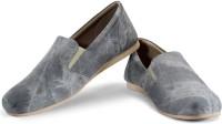 Funk Con Grey Casual Shoes For Men(Grey)