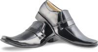 Zapatoz Slip On Shoes For Men(Black)