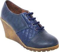 Buy Womens Footwear - Boots online