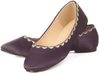Vero Couture Aubergine Embroidered Bellies For Women(Purple)