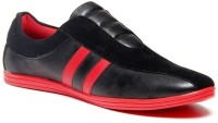 Zapatoz Black & Red Loafers For Men(Red, Black)