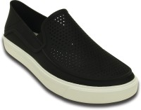Crocs Casuals For Men(Black)