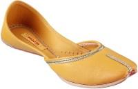 Mochi Ethnic Mojaris For Women(Yellow)