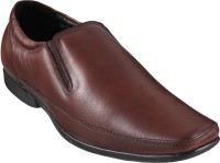 Metro Mocassin Slip On Shoes For Men(Brown)