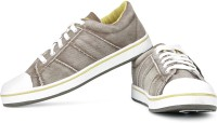 Sparx SM-83 Sneakers For Men(Brown, Yellow)