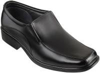 Metro Mocassin Slip On Shoes For Men(Black)