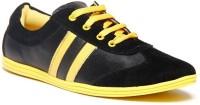 Zapatoz Black & Yellow Sneakers For Men(Black, Yellow)