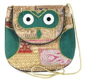 Dyuthi Creations Women Green Velvet Sling Bag