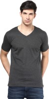 Izinc Solid Men V-neck Grey T-Shirt