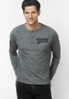 Camino Solid Mens Henley Black T-Shirt