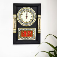 ExclusiveLane Analog Wall Clock(Black, With Glass)