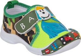 77 seventy seven Boys & Girls Velcro Walking Shoes(Multicolor)