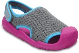Crocs Boys Slip-on Sports Sandals(Multicolor)