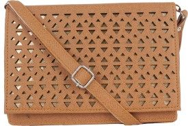 JACY LONDON Women Tan, White Leatherette, PU Sling Bag