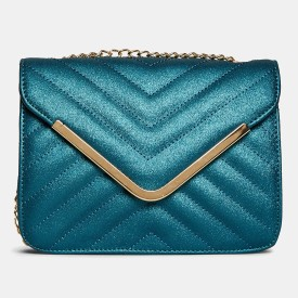 1cb39a3de0dc4 Clutches - Buy Clutch bags   Clutch Purses Online For Women at Best Prices  in India