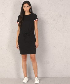 09f419ad5df Dresses Online - Buy Stylish Dresses For Women (ड्रेसेस) Online on Sale