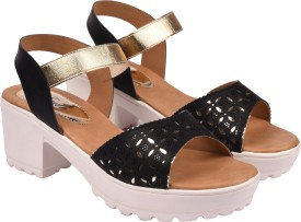 Jade Women Black Wedges