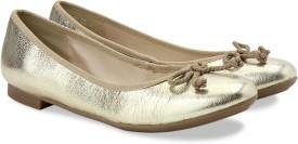Clarks Carousel Ride Gold Metallic Slip On shoes(Gold)