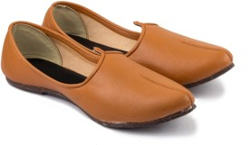 Tashi Brown Leather Jalsa Jutis(Brown, Camel)