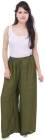 Sizzlacious Regular Fit Women's Green Trousers