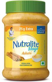 Nutralite Creamy Garlic Eggless Mayonnaise  With Vitamin A, D2 & E (275g with 25g Extra) 300 g