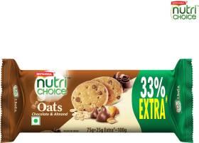 BRITANNIA NutriChoice Oats, Chocolate Almond Cookies