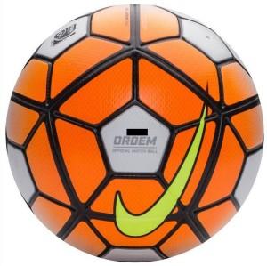 Retail World Strike Ordem Football Size 5 Pack of 1 White Orange ... 01f2624d179ce