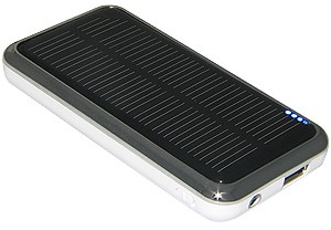 Amzer 83981 Mobile Charger