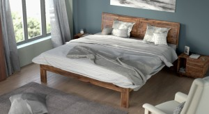 Urban Ladder Terence Solid Wood King Bed