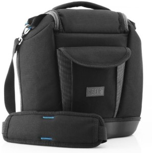 USA Gear Deluxe Camera Bag by USA Gear - Works With Cameras from Canon , Nikon , Pentax , Fujifilm , Sony and Many Other DSLR , Mirrorless & Point and Shoot Cameras with Zoom Lenses and Accessories  Camera Bag