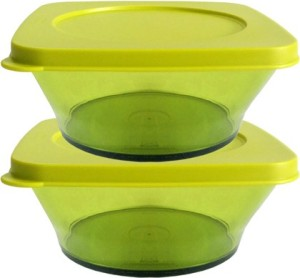 Tupperware  - 620 ml Plastic Food Storage