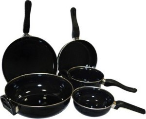 Milton Cookware Set