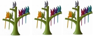 Style Feathers Hamming Bird Disposable Plastic Fruit Fork Set