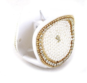 108e0b79d Vama Fashions Pearl like beads Hair Clip White Best Price in India ...