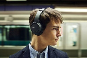 Sony Mdr-Zx770Dc Bluetooth And Noise Canceling Headphones /Headset With Case - Mdrzx770Dc (Black) Headphones