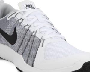 b202c5f69d3e Nike FLEX TRAIN AVER Training Shoes Multicolor Best Price in India ...