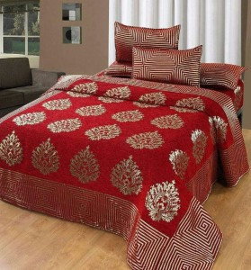 fb9f647a48 Innovative Edge Velvet Embroidered King sized Double Bedsheet1 bedsheet  with 2 pillow cover, Red