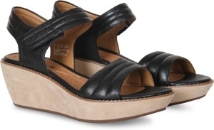30d1889056a Clarks Women Black Leather Wedges Best Price in India