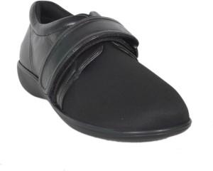 91c464d4dd3 Mediconfort Diabetic Footwear Casuals Black Best Price in India ...