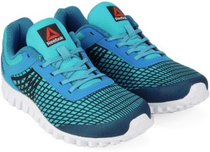 b99709333ed6 Reebok Boys Running Shoes Blue Best Price in India
