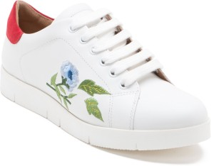 Red Tape Women Sneakers Compare Price