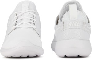 b6fd856bb8ae Nike W NIKE ROSHE TWO Running Shoes White Best Price in India
