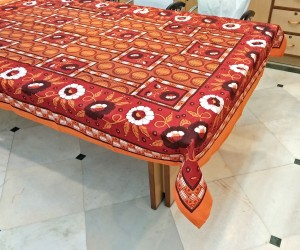 Miyanbazaz Floral 6 Seater Table Cover