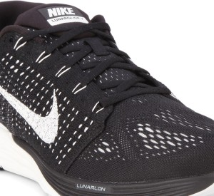 ecf6cb7698151 Nike LUNARGLIDE 7 Running Shoes Black Best Price in India