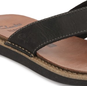 95faee283 Clarks LYNTON POST BLACK LEATHER Flip Flops Best Price in India ...